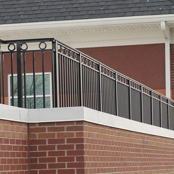 Series 9100 Architectural Aluminum Railing