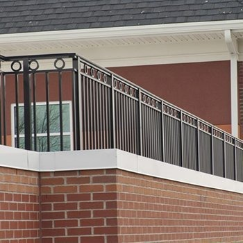 Series 9100 Architectural Aluminum Railing